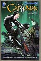 GN/TPB Catwoman Volume 2 Two 2013 nm+ 9.6 DC 1st 148 pgs New 52 Dollhouse /March