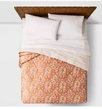 """Opalhouse IKAT Tufted Velvet Quilt Coral TWIN XL 88' x 128"""" New"""