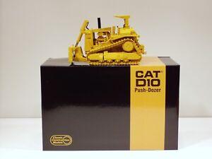 Caterpillar D10 Dozer w/ Pusher Blade - 1/48 - CCM - Diecast - Brand New 2009