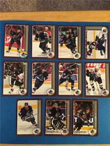 2002/03 Topps Vancouver Canucks Team Set 11 Cards