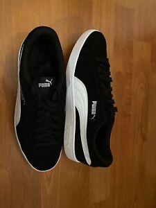 Men's Size 9 (43) PUMA SUEDE CLASSIC BLACK/WHITE TRAINERS 352634