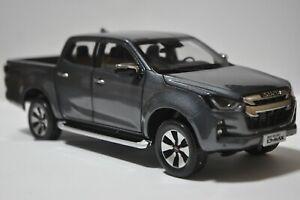 Isuzu D-MAX 2021 pickup truck model in scale 1:18 Gray