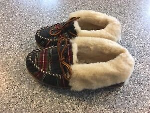 LL Bean Womens Wicked Good Shearling Plaid Moccasin Slippers Size 8 Medium