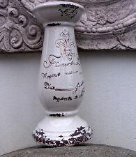 Deko-Kerzenleuchter im Landhaus-Stil aus Keramik fürs Wohnzimmer