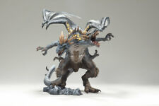 McFarlane Série 4 Fall of Dragon Kingdom Berserker Clan blister endommagé