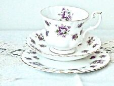BEAUTIFUL VINTAGE BONE CHINA 'SWEET VIOLETS' ROYAL ALBERT TRIO ENGLAND