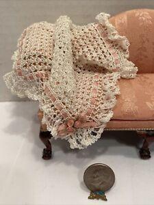 Vintage Artisan Gorgeous Dainty Crochet Throw Dollhouse Miniature 1:12