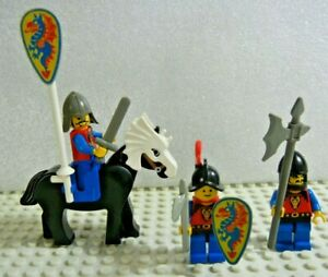 LEGO Vintage Castle Dragon Knights Armed as pictured
