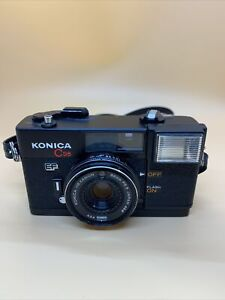 Vintage 1970 KONICA C35 EF 35mm Film Point & Shoot Camera Works Nice Condition