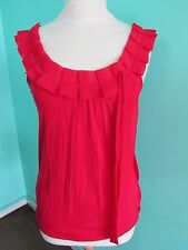 TOP SHOP SLEEVELESS RED TOP SIZE 8 PRETTY NECK LINE