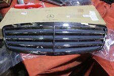 Original Mercedes W203 C-Klasse Kühlergrill Grill  2038800123 NEU NOS 7D11