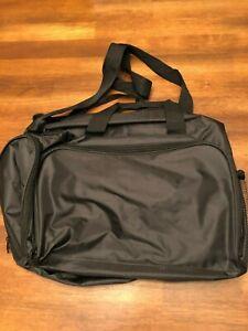 Computer Bag Tote Black Shoulder Bag Also Handbag Zips Lots of Pockets