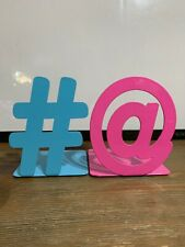 2PCS Organizer Anti-skid Blue Hashtag and Pink @ Shaped Metal Stand Bookends