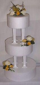 beautiful wedding flowers ivory & yellow/gold cake 3 tier topper