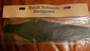 "QUICK RELEASE SADDLE ATTACHMENT MUDGUARD - BLACK ""NEW"""