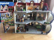 Playmobil Einfamilienhaus mit zusätzlicher Etage und viel Zubehör