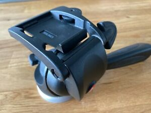 Manfrotto Pan-and-Tilt Head with 200PL-14 Quick Release Plate (391RC2)