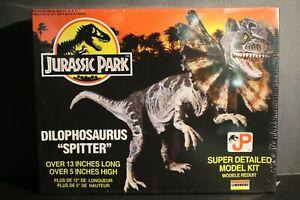 Jurassic Park Dilophosaurus (Spitter) model Lindberg 1993 Sealed