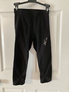 WOMENS CW-X PRO ENDURANCE 3/4 TIGHTS MUSCLE SUPPORT SZ SMALL VERY GENTLY WORN