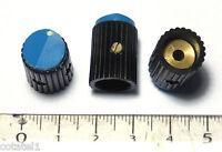 Trois petits boutons noirs repère bleu pour potentiomètre axe 3 mm laiton NOS