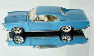 2002 Hot Wheels 1/18 Scale 1966 Pontiac GTO Blue with Ivory Interior - Loose