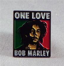 BOB MARLEY - LAPEL PIN BADGE - WAILERS JAMAICAN REGGAE RASTAFARIAN  (LK-30)