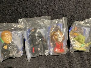 4 Burger King STAR WARS The Saga Toys (2005) Luke Vader Yoda Amidala SEALED