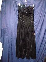 Positively Ellyn Sweetheart neckline Velvet Strapless Dress Size 4 Calf-Length