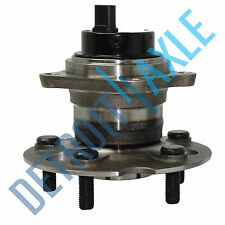 Rear Wheel Hub and Bearing Assembly FWD 1.8L 5 Lug w/ ABS Corolla Matrix Vibe
