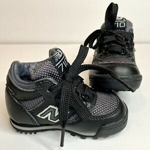 NEW BALANCE 710 Boots Shoes Kids Size 4 Black Grey Shoes