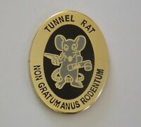 VIETNAM TUNNEL RAT LAPEL BADGE 25MM HIGH NON GRATUM ANUS RODENTUM - NEW ITEM