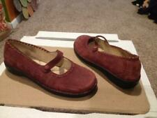 WOMENS SIZE 8 LL BEAN NUBUCK SUEDE MARY JANE SHOES