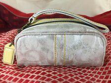 Coach Authentic Rare Make-up bag Wristlet Purse handbag Silver Canvas & Leather