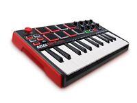 AKAI Professional MPK Mini MKII   25-Key Portable USB MIDI Keyboard with 16 Back