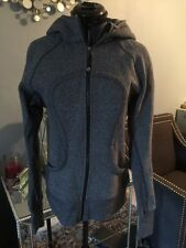 Lululemon Heathered Black Gray Hoodie Jacket sz 6 Thumb holes Run Yoga Scuba