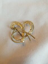 Pin Brooch Vintage Style Gold Heart And Pearl