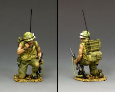 KING AND COUNTRY Vietnam War - The Radio Operator VN001