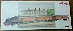 Mӓrklin HO #28703 Train Set - Historic SJ Passenger Train - Tank Loco + 3 Cars