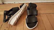 NIB: ARCHE IKO in Black Leather w/ White Rubber Zigzag Sole, 10/41