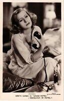 CPA AK Greta Garbo in Grand Hotel FILM STARS (912840)