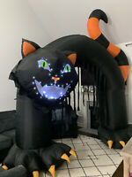Gemmy Airblown Inflatable Lightsync Thriller Cat Archway Halloween Yard Decor