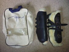 Dy'on Dyon Chantilly Tendon Boots sheepskin lined buckles black size 2 cob