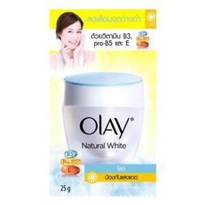 Olay Natural White Face Light Shine Vitamin blend of B3, pro-B5 and E..25g