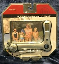 TALKING PHOTO FRAME WITH DIGITAL VOICE RECORDER AND BUILT IN CLOCK  NEW