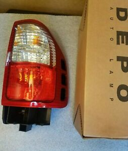 For 2000-2004 Isuzu Rodeo|Rodeo Sport|Amigo Tail Light Taillamp Passenger Side