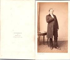 Franck, Paris, Homme mûr posant en redingote Vintage CDV albumen carte de visite