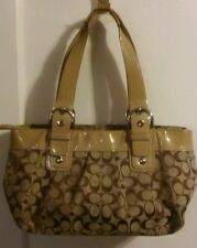 COACH SIGNATURE PLEATED BEIGE HOBO No.A1059-F13742  PRE-OWNED