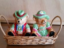 Handpainted Ma & Pa Bear S & P Shaker In Cane basket