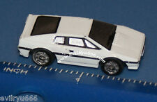 Micro Machines JAMES BOND WHITE LOTUS ESPRIT Submarine Car