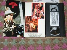 Texas Chainsaw Massacre 2 Collectors Remastered VHS 1996 Cult Horror Hooper